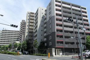 アヴァンツァーレ新宿ピアチェーレの外観