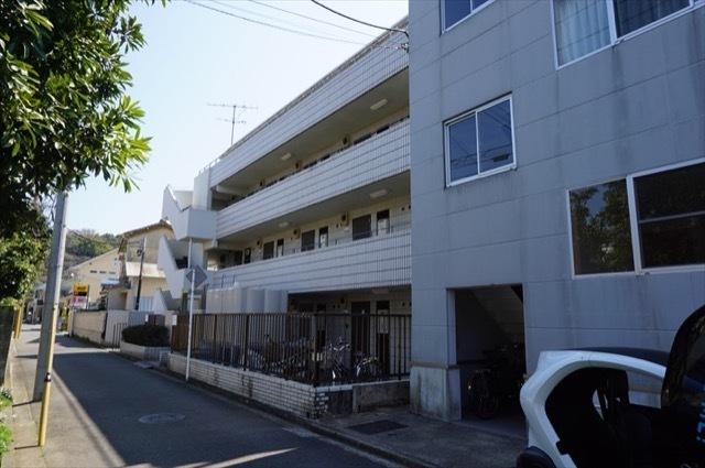 マック南横浜コートの外観