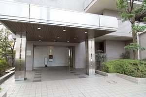 武蔵関シティハウスのエントランス