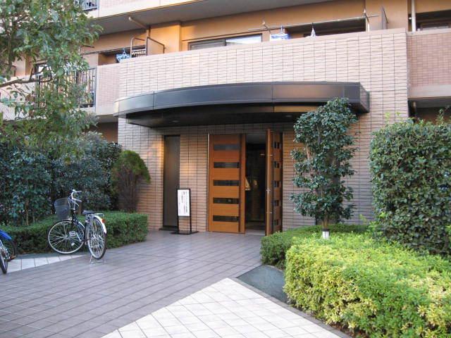 モアステージ墨田ラシェールのエントランス