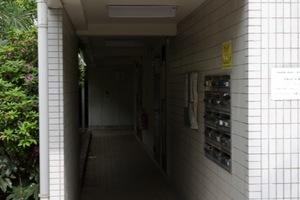 キャトルセゾン石神井のエントランス