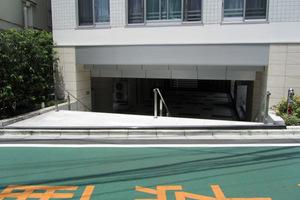 ピアース高田馬場のエントランス