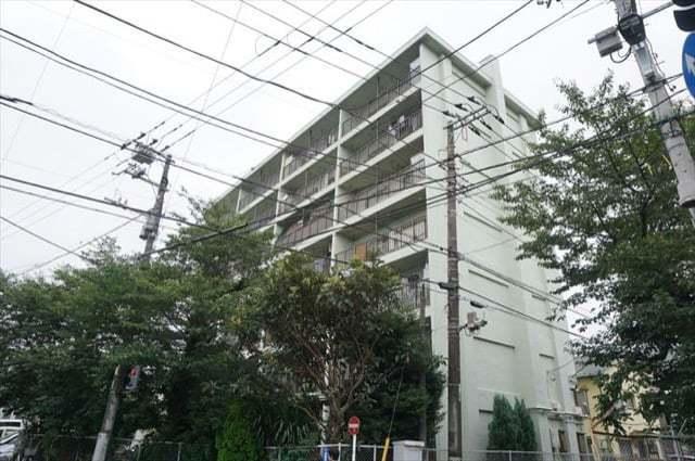 上丸子住宅(A〜D棟)の外観