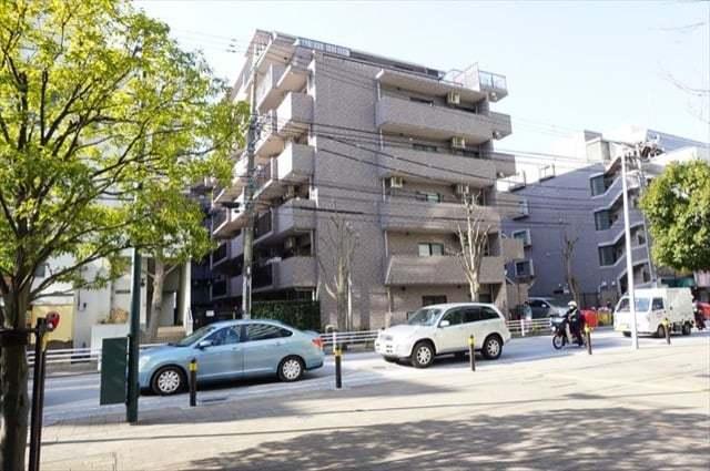 コスモ横浜星川の外観