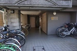 ナイスアーバンスピリッツ横浜吉野町のエントランス