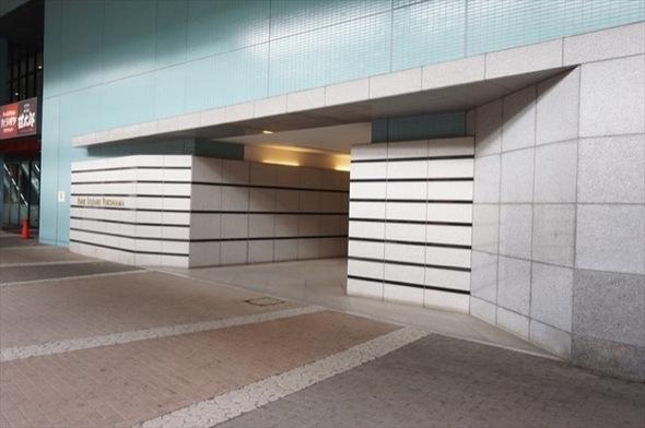 パークスクエア横浜のエントランス