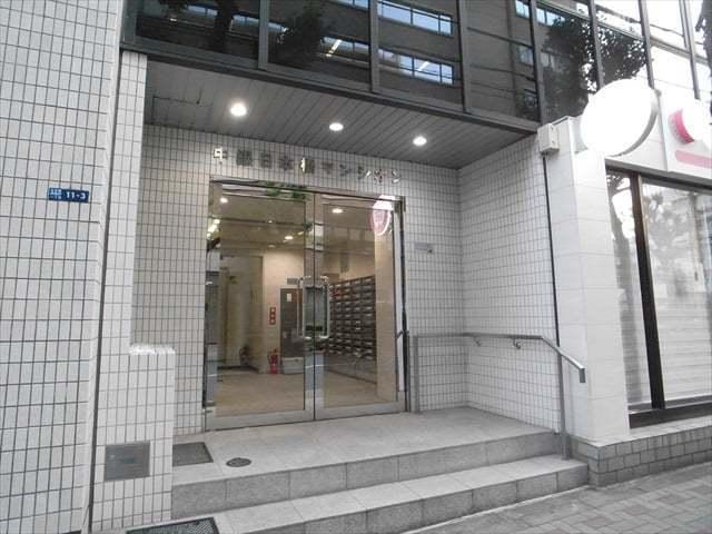 中銀日本橋マンシオンのエントランス