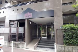 高島平レックスマンションのエントランス