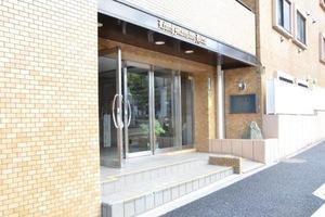 ライオンズマンション平井のエントランス