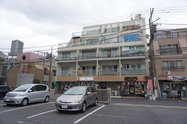 多摩川ロイヤルマンションの外観