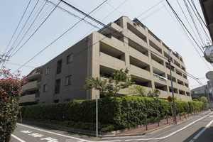 ライオンズマンション南長崎の外観