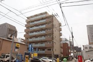 アクサス東京イーストガーデンの外観