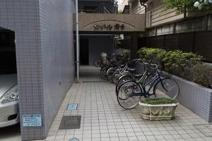 セザール桜台のエントランス