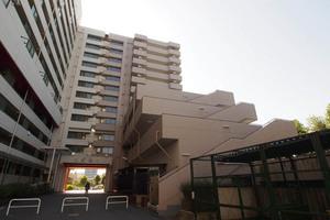 東白鬚第1マンションの外観