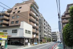 サンマンションアトレ飯田橋の外観