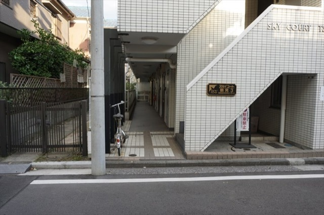 スカイコート鶴見第3のエントランス
