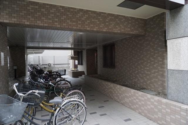 ライオンズマンション大山金井町のエントランス