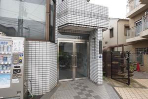 京島第1ビルのエントランス