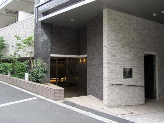 オーベル渋谷dLのエントランス