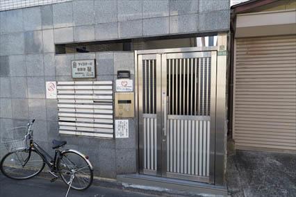マイステージ世田谷砧のエントランス