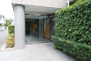 パークハイム世田谷上野毛のエントランス