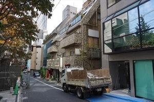 赤坂フラワーハイツの外観