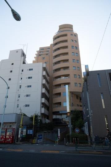 グローリオ吉祥寺本町の外観