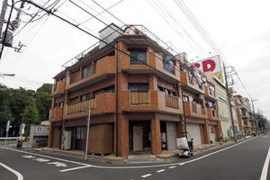 高島平パールマンションの外観