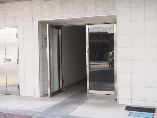ドルチェ秋葉原ノース弐番館のエントランス