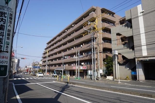 日神パレステージ横浜の外観