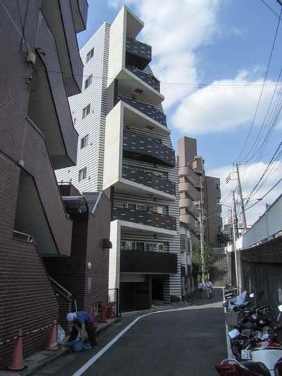 アジールコフレ渋谷神泉の外観