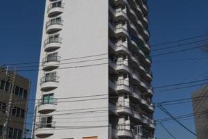 野沢サマリヤマンションの外観