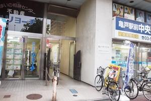 亀戸サマリヤマンションのエントランス