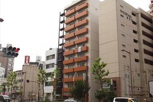 ハイツ神田岩本町の外観