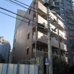 ロアール早稲田大学前