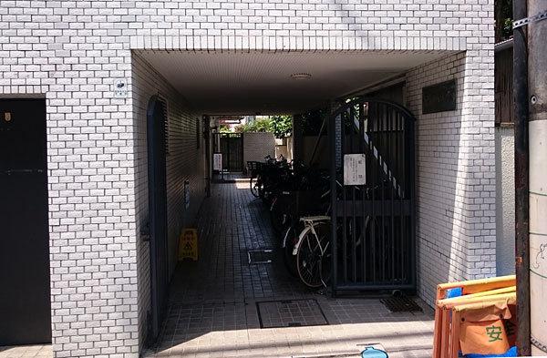 石川台アーバンレックスのエントランス