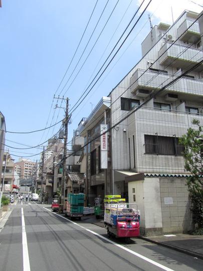 トーシンプラネット新宿の外観