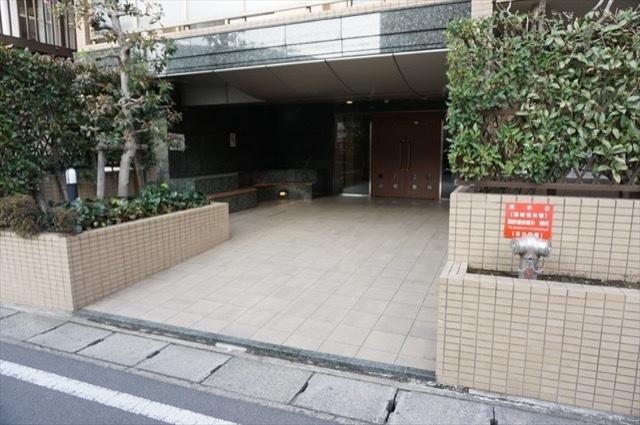 ガーデンステイツ中野島のエントランス