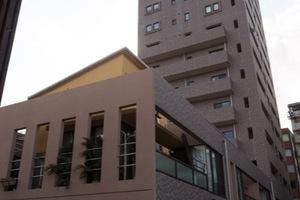 トゥールロワイヤル三軒茶屋の外観