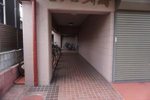 セザール川崎のエントランス