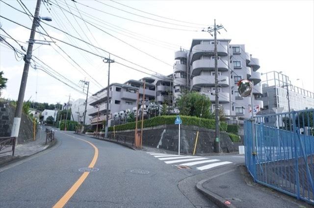ライオンズマンション黒川駅前の外観