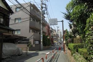 プレールドゥーク東新宿2の外観
