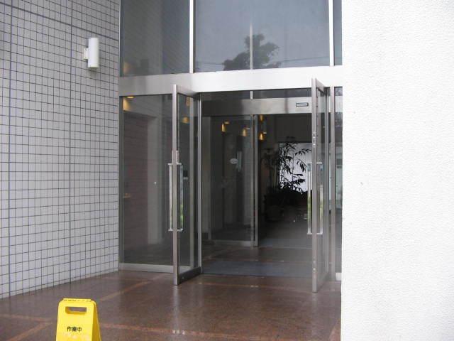 サンパティエ東京のエントランス