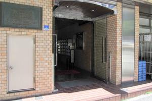 ライオンズマンション早稲田正門通りのエントランス