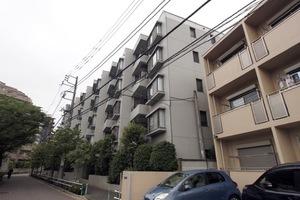 板橋本町グリーンパークの外観