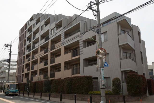 イトーピア世田谷弐丁目の外観