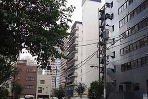 秀和新川レジデンスの外観