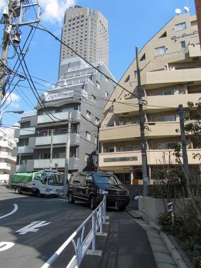 デュオスカーラ渋谷の外観