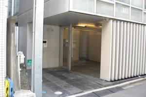 リリーベル高円寺スクエアのエントランス