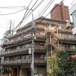 神宮ハイツ(渋谷区)